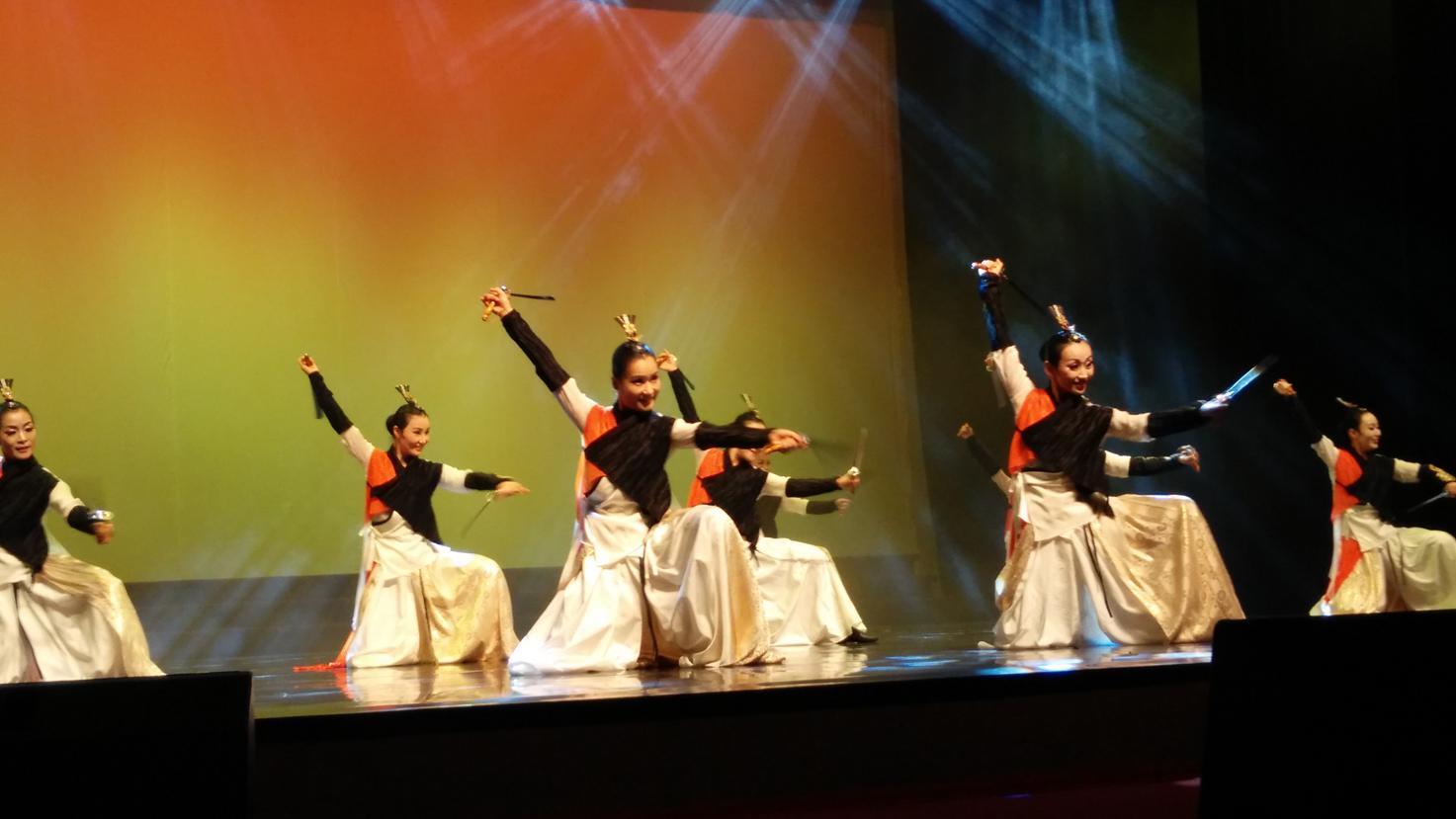 韩国可爱舞蹈背景led高清图